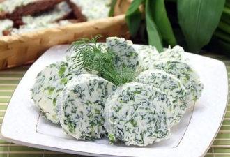 Божественно вкусная закуска на вашем столе! Просто смешайте кефир, сметану и зелень!