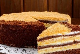 Очень простой и вкусный торт на скорую руку