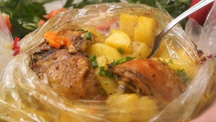 Горячий мясной ужин в рукаве без хлопот для всей семьи