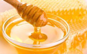 Чистка лица мёдом и аспирином. Результат лучше чем в салоне!