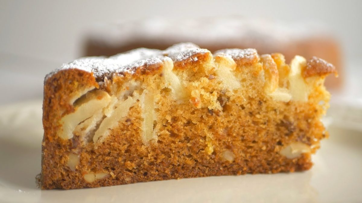 Яблочный пирог с мёдом по-царски. Мягенький и ароматный!