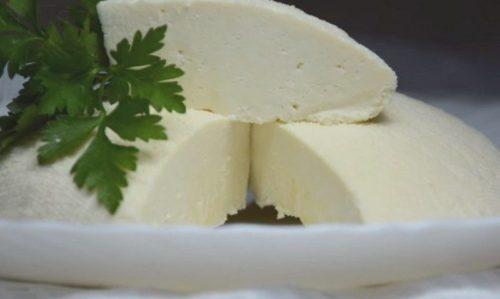 Видеорецепт натурального домашнего сыра из молока без ферментов