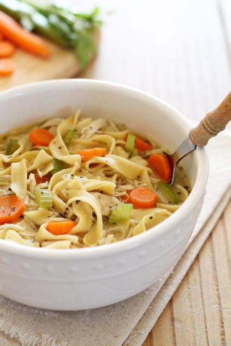 За 30 минут: 7 роскошных горячих супов со всего мира