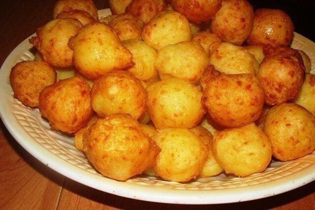 Пампушки из картофеля с сыром - простая и вкусная закуска