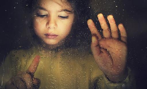 Справедливо говорят, что дети - это карма родителей. Есть над чем подумать...
