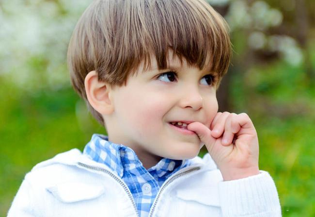 Почему нельзя давать телефон в руки детям до 12 лет. 11 весомых причин