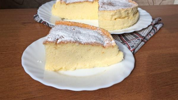 Нежнейший йогуртовый пирог из 4х ингредиентов: простейшая выпечка без муки и масла