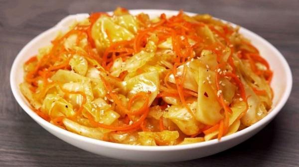 Овощная закуска на миллион - пикантная капуста по-корейски. Она всегда украшает мой стол!