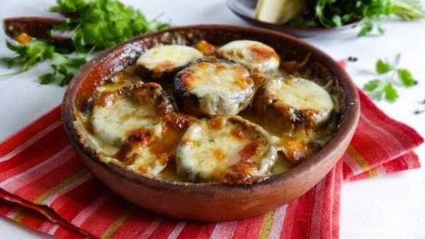 Шампиньоны с сыром по-грузински. Какой грибной деликатес настолько просто готовить?