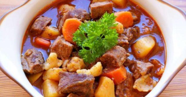 """Венгерское рагу из мяса и овощей """"Бограч"""" - стоит попробовать лишь раз и будете готовить его постоянно!"""
